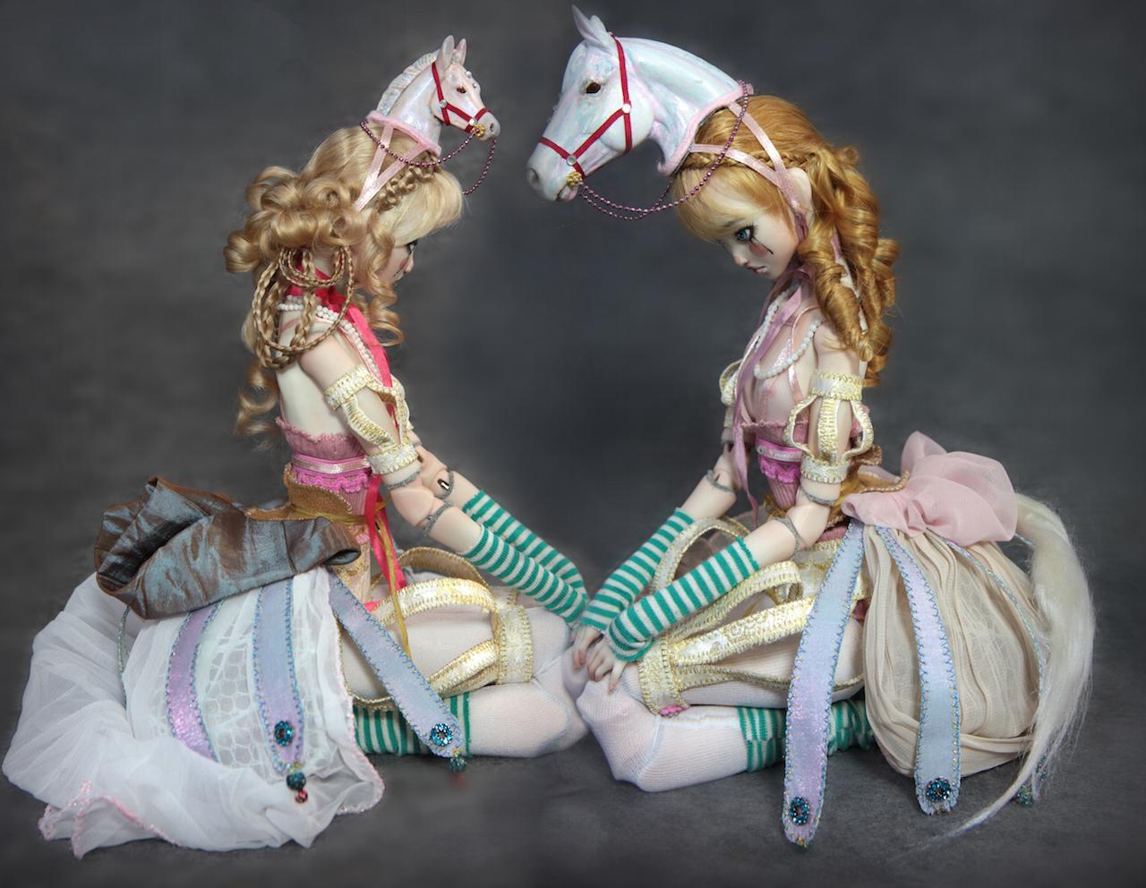 carrousel Omnia & Ophelia Carousel Horses