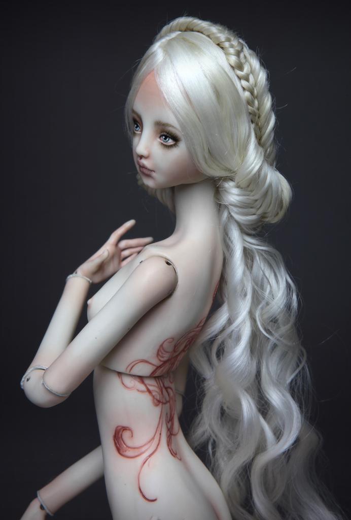 IMG 7823 15  Pale Mermaid Ova