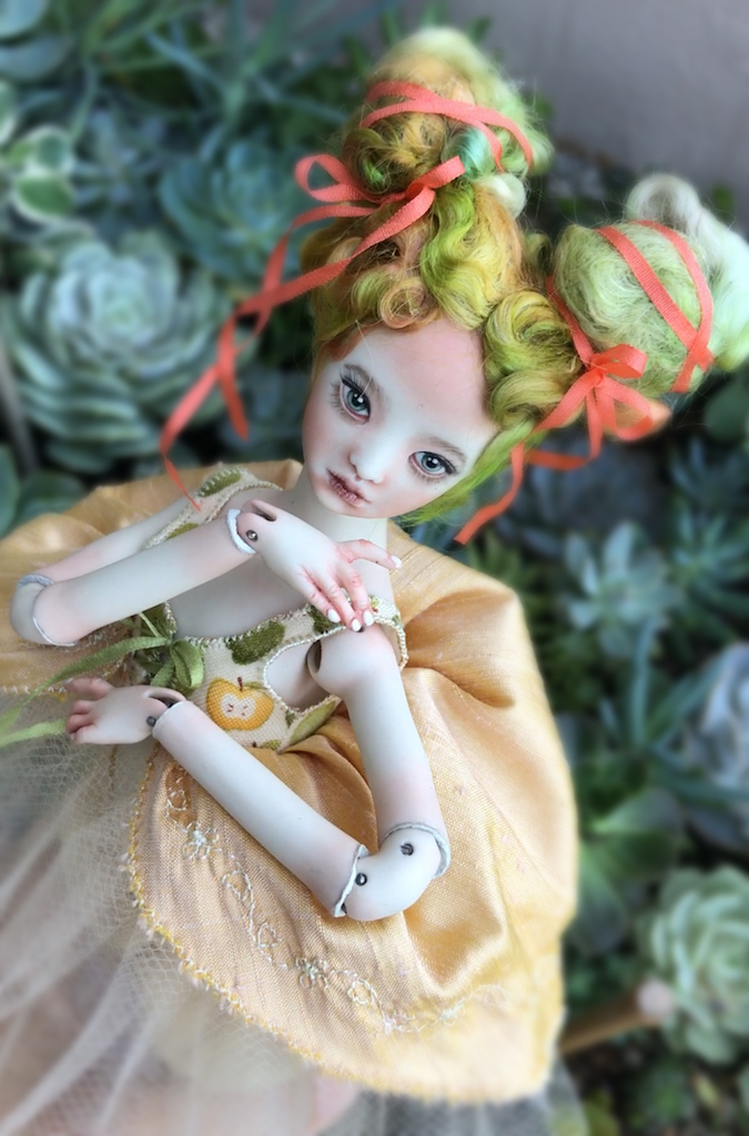 IMG 9626 13 Maya Apple Rococo Menina