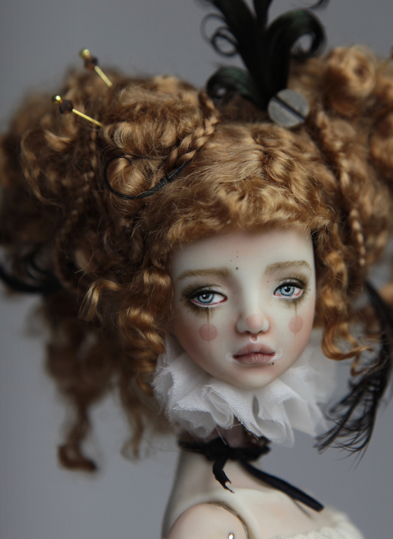 IMG 8496 15 Victorian Carousel Ova Porcelain BJD Doll