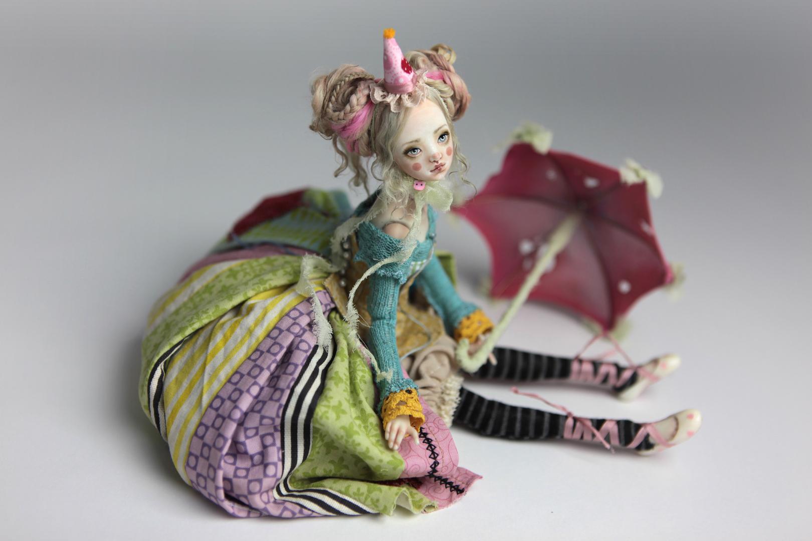 IMG 8563 15 Victorian Roadside Circus Clown Porcelain BJD Maya