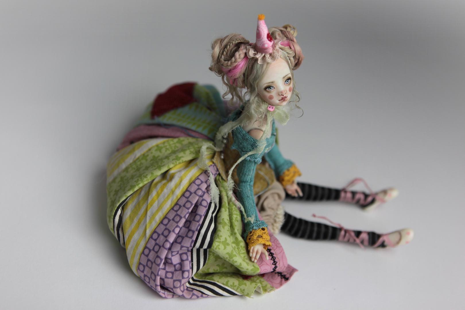 IMG 8570 15 Victorian Roadside Circus Clown Porcelain BJD Maya