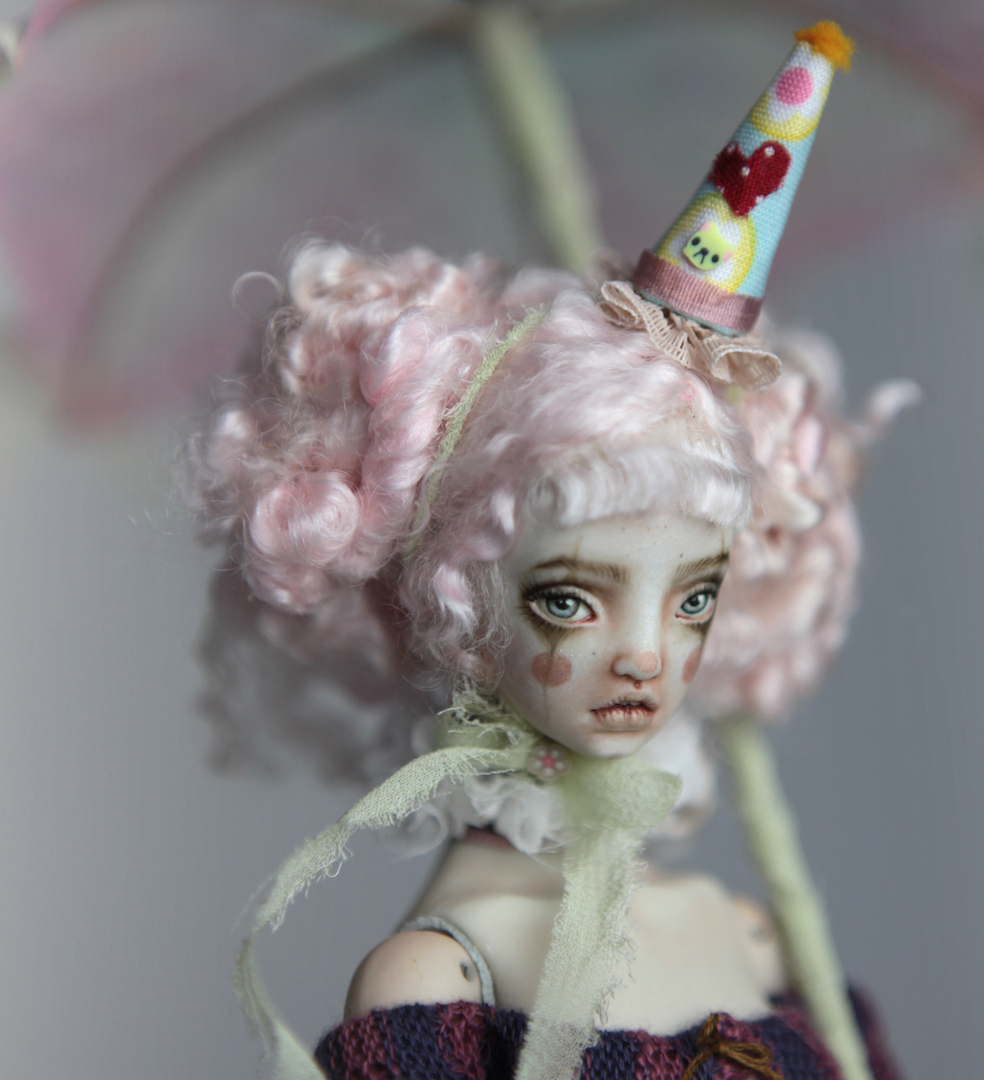 IMG 8594 15 Victorian Roadside Circus Clown Porcelain BJD Doll Alice