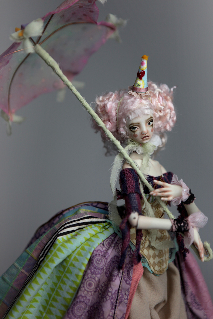 IMG 8599 15 Victorian Roadside Circus Clown Porcelain BJD Doll Alice