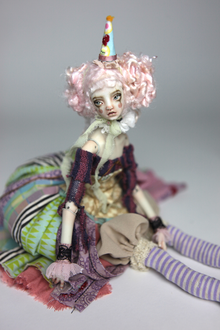 IMG 8608 15 Victorian Roadside Circus Clown Porcelain BJD Doll Alice