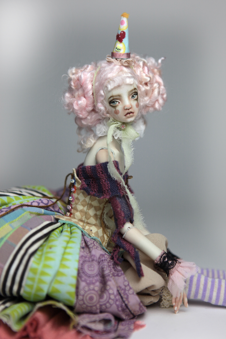 IMG 8613 15 Victorian Roadside Circus Clown Porcelain BJD Doll Alice
