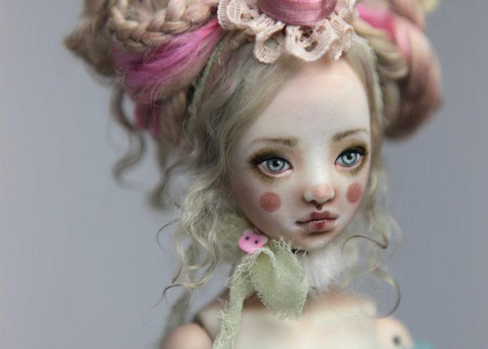 Porcelain BJD Dolls Clowns Forgotten HeartsIMG 8560 700x500 Porcelain BJD Dolls | Forgotten Hearts Dolls