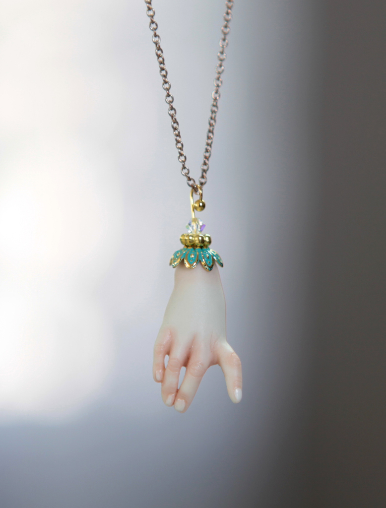 BJD Doll Jewelry Necklace 4 Porcelain BJD Doll Hand Charm Jewelry