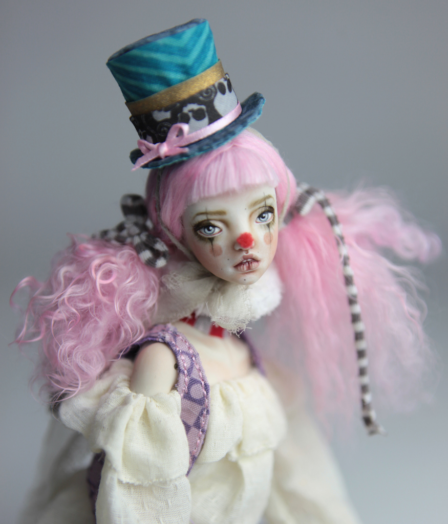 15″ Mad Hatter Porcelain BJD Clown Doll Alice – Ball Jointed Dolls