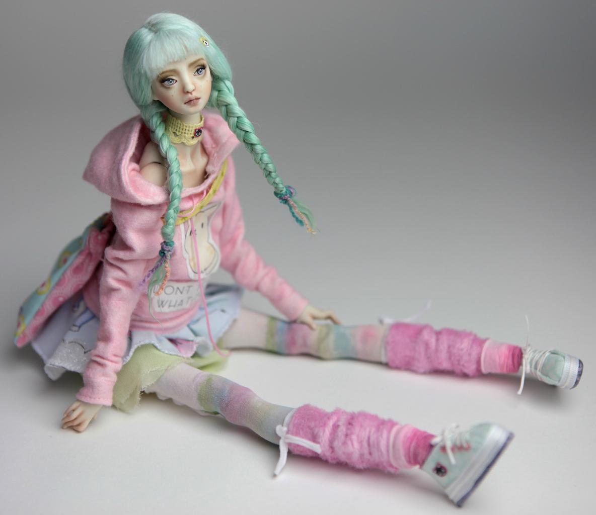 BJD Doll Ball Jointed Harajuku 2018 24 15 Porcelain BJD Harajuku Renaissance (Turquoise Hair)