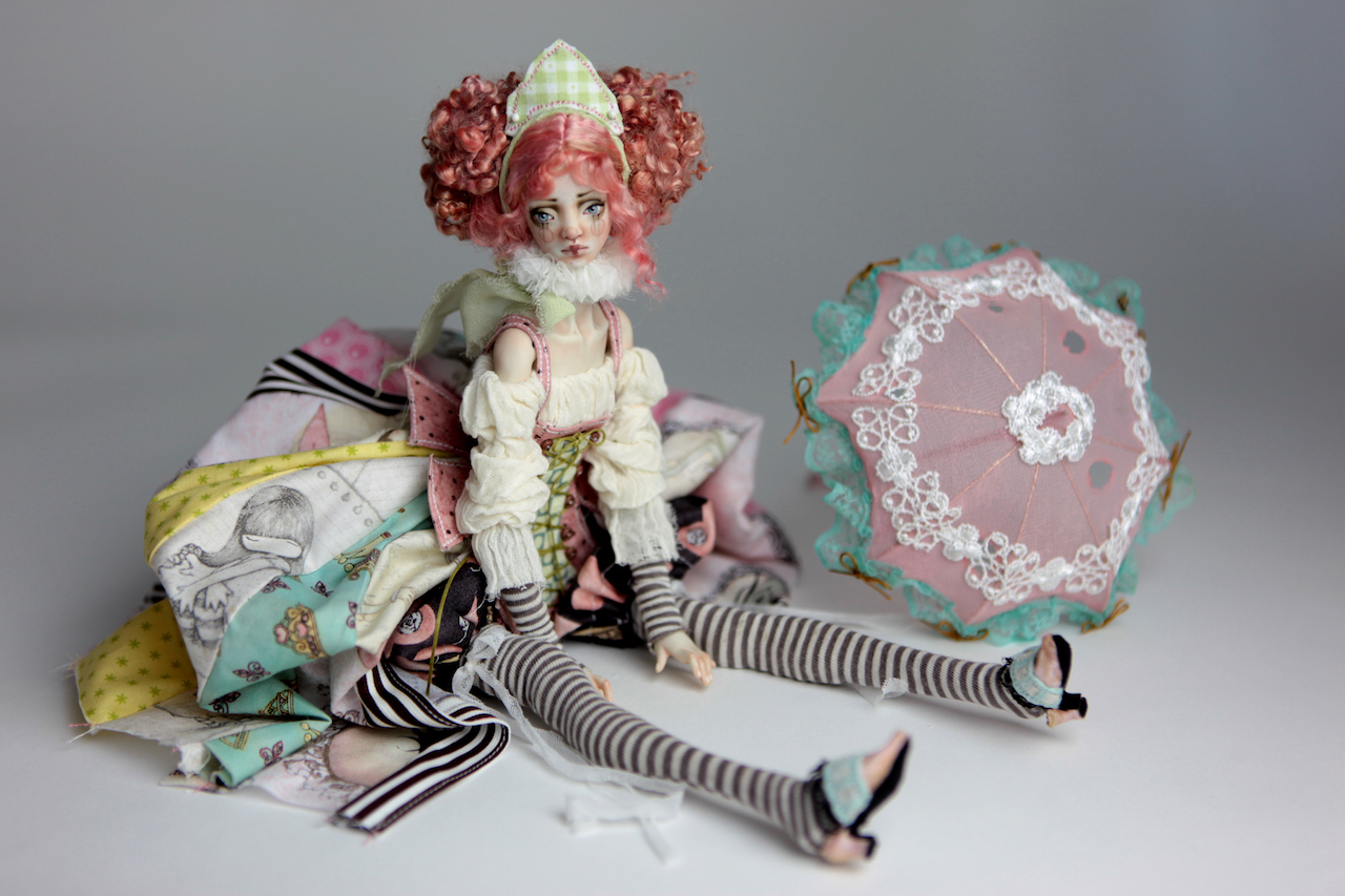BJD Doll Ball Jointed Victorian Cotton Candy 11 1 15 Victorian Strawberry Clown Porcelain BJD Doll Luna