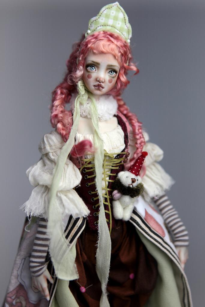 Porcelain BJD Dolls Victorian Strawberry43 15 Victorian Strawberry Clown Porcelain BJD Doll Echo