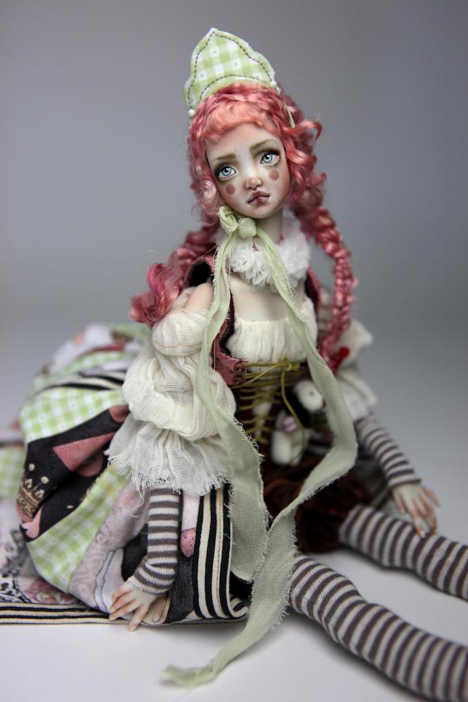 Porcelain BJD Dolls Victorian Strawberry44 15 Victorian Strawberry Clown Porcelain BJD Doll Echo