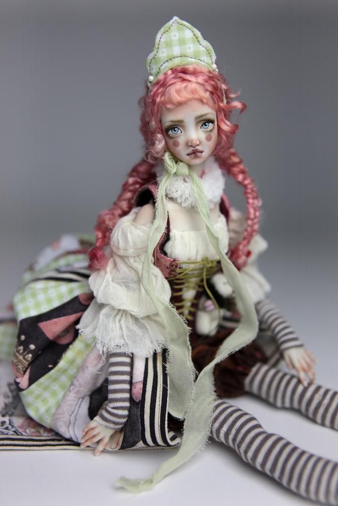Porcelain BJD Dolls Victorian Strawberry45 15 Victorian Strawberry Clown Porcelain BJD Doll Echo