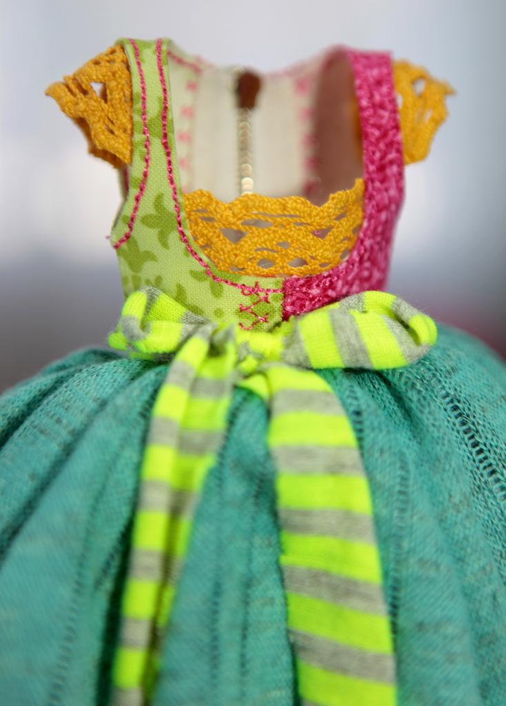 BJD Doll Ball Jointed Victorian Corset Candy Goth Dress 31 Candy Goth Dress #9